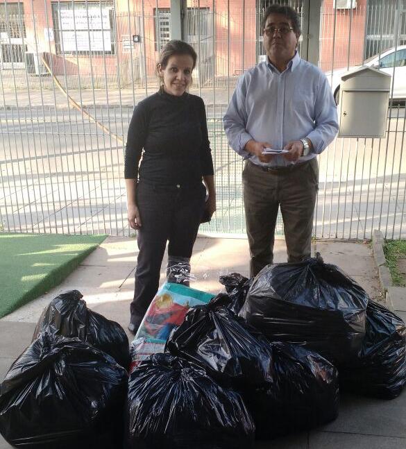 FSJ realiza doação de roupas, calçados e cobertores